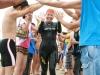 3.8km最終泳者祝福アーチ